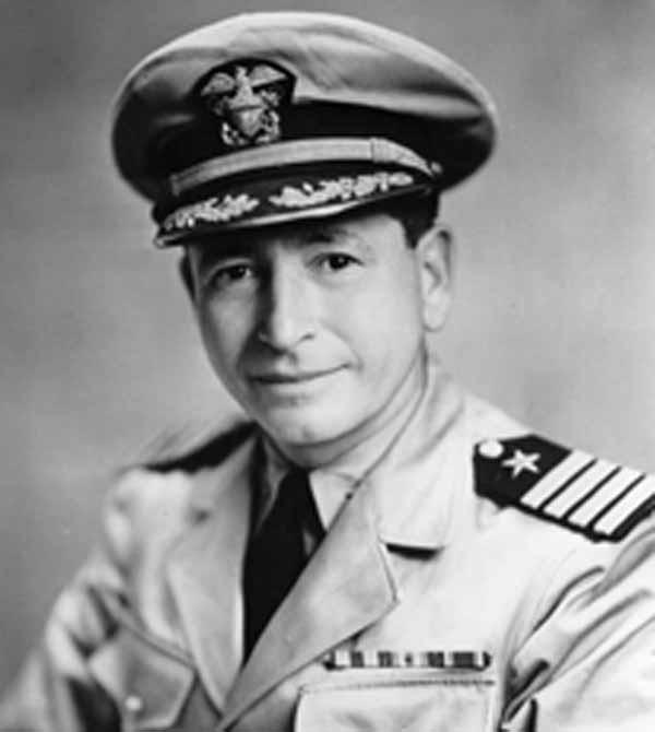 Адмирал Эллис М. Захария (1 января 1890 - 27 июня, 1961).